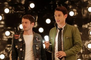 Come ti convinco a guardare Dirk Gently?