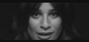 Lea Michele: il teaser di Love is Alive ci ricorda di quando era Rachel Berry