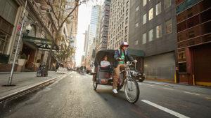 Stranger Things, l'iniziativa Netflix riempie le strade di New York di Dustin