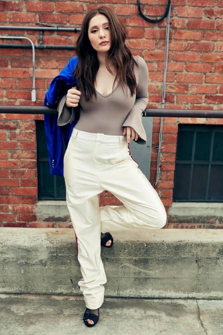 Emma Kenney, tutte le informazioni sull'attrice | Hall of ... Emma Kenney 2018 Age