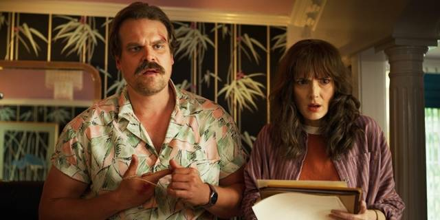 stranger things 3 hopper joyce