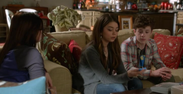 modern family_voicemail